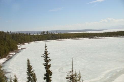 Lake Lewis ist noch weitestgehend zugefroren