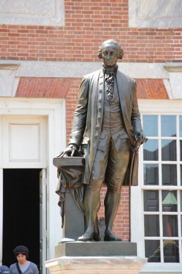 Washington vor der Liberty Hall