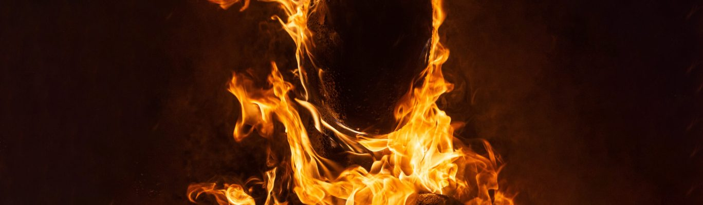 fire in close up photography