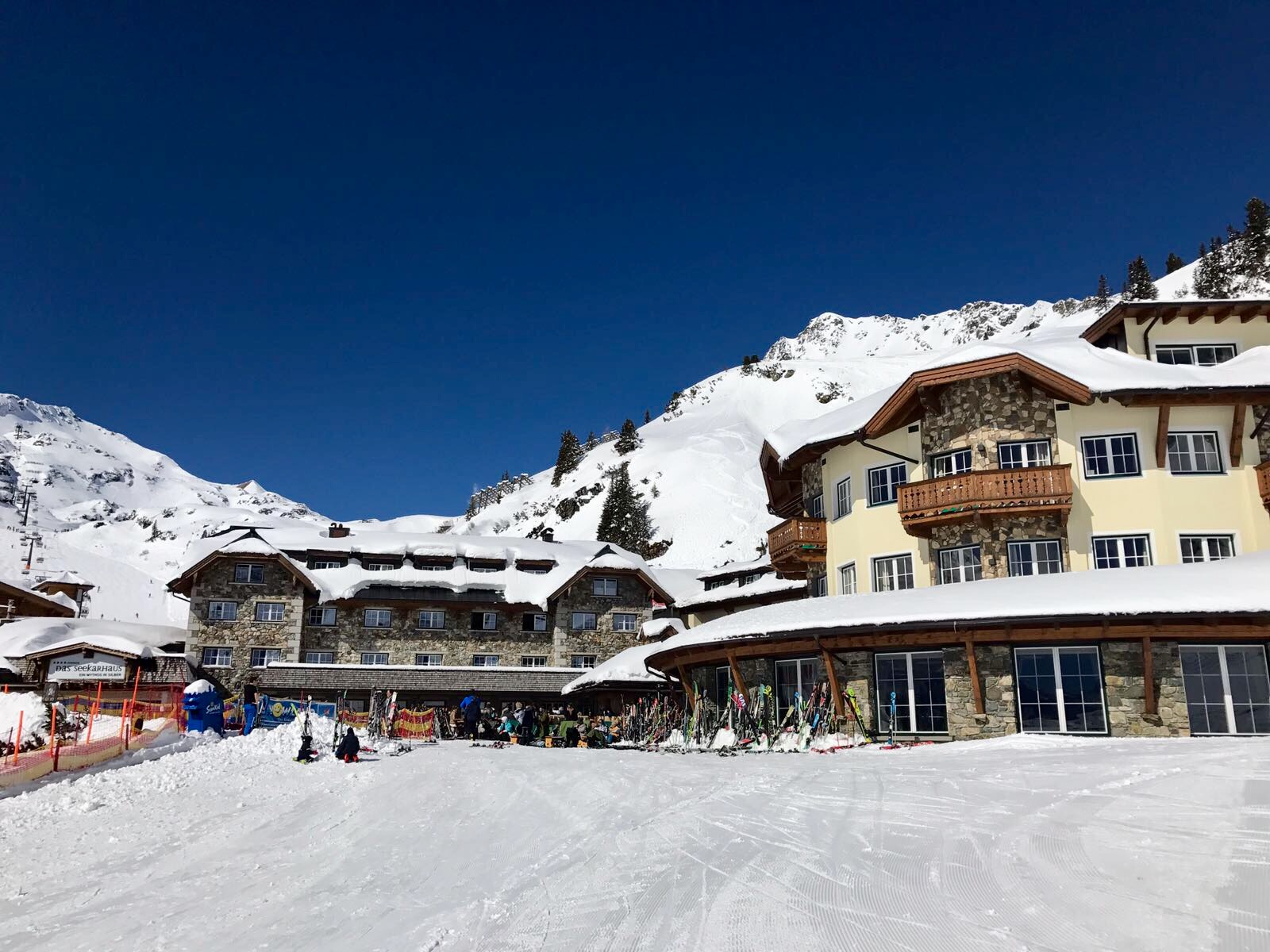 Das Hotel Das Seekarhaus – das ideale Familienhotel direkt an der Skipiste im schneesicheren Obertauern