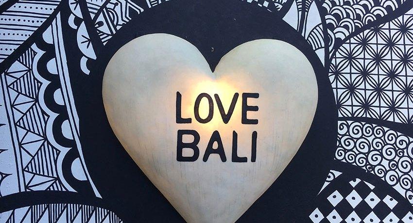 Leistbares Luxushotel auf Bali gesucht