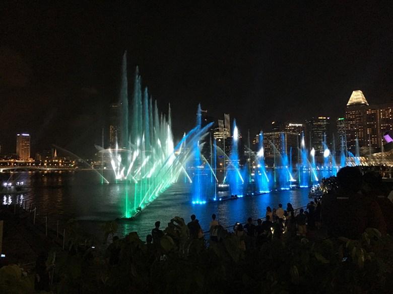 Die Spectra-Wassershow vor dem Marina Bay Sands.