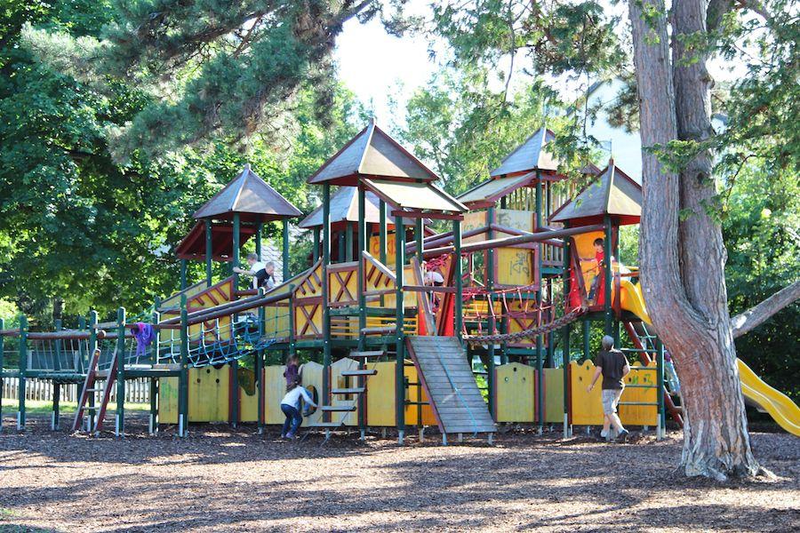 Spielplatz1