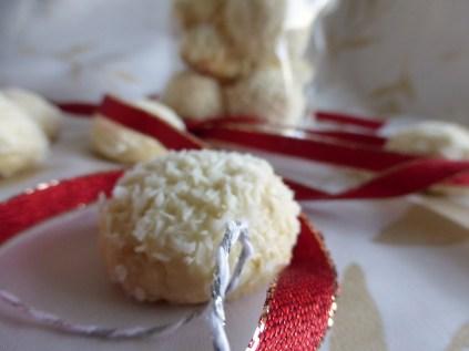 Mandel-Kokos-Bällchen