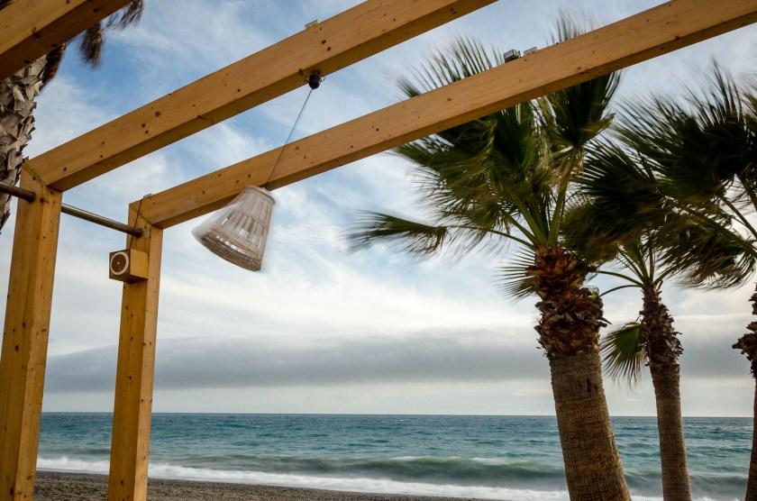 Foto vom windigen Strand in la Herradura.