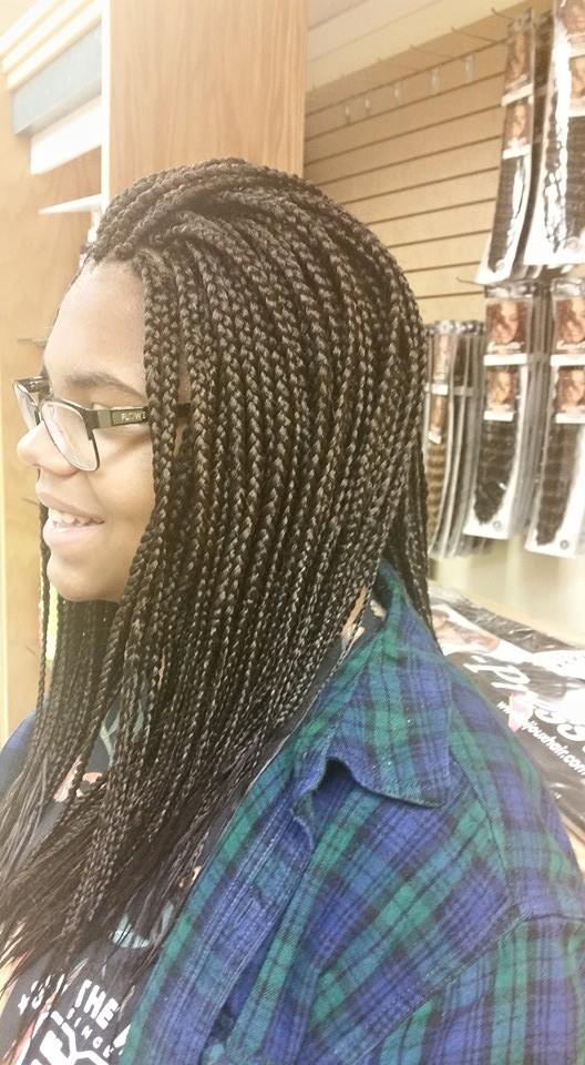 Box Braids from Diena Simply Natural (DSN Braiding)