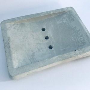 beton nano technik umweltfreundliche seifenablage fuer haarseife koerperseife vegane seife haarseife ausprobieren nachhaltig plas