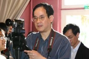 Hoàng quay vidéo