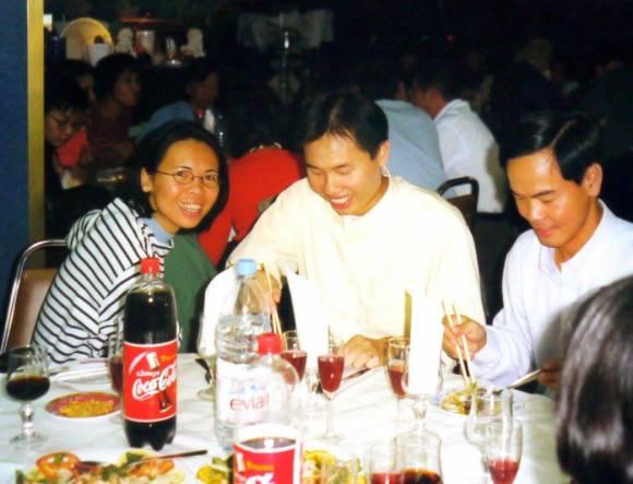 19-09-1999 - Paris : Hảo, Minh & Hậu