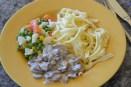 My birthday lunch! Spätzle, Gemüse, und Champignon - sehr, sehr lecker!!!