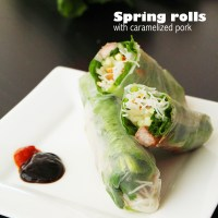 SPRING ROLLS WITH CARAMELIZED PORK