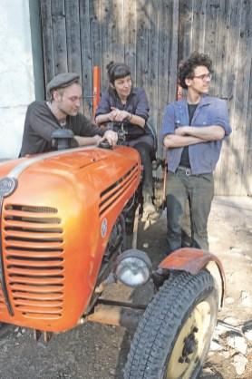 Christine Pavlic als Teil des Kollektivs Traktori blickt neuen künstlerischen Projekten entgegen. Foto Jan-Nahuel Jenny