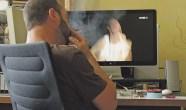 Theater im Netz: Statt Applaus ohne Ende rauchen. Foto Elisabeth Schedlberger/Thomas Scharl