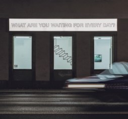 Situation im Winter 2021, z. B.: Memphis Light Box Extra, Barbara Juch & Lara Konrad. Foto Memphis