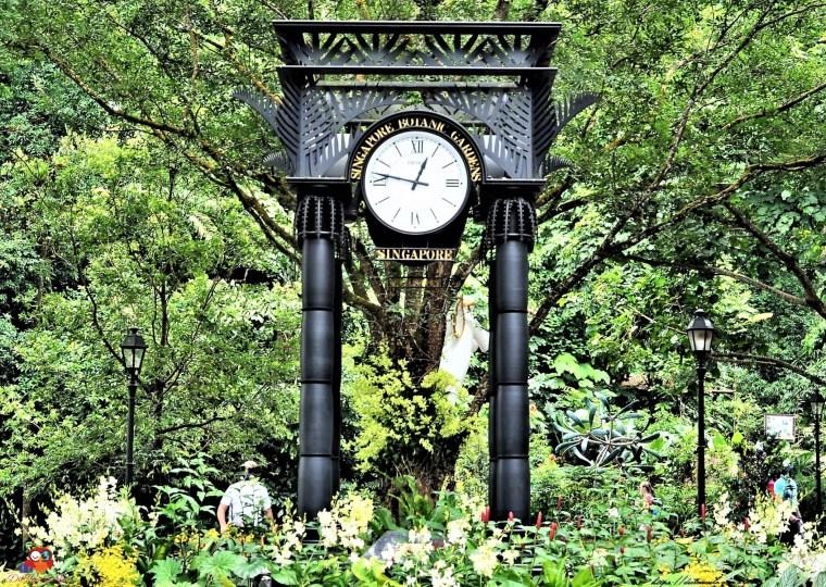 Uhr im Botanischen Garten in Singapur