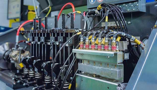 Banco EPS 708 para la comprobación de inyectores common rail y bombas de alta presión