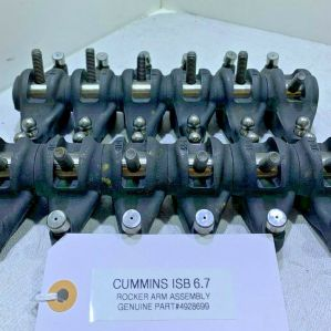 Cummins ISB 6.7 Diesel ENGINE ROCKER ARM ASSEMBLY 4928699 OEM