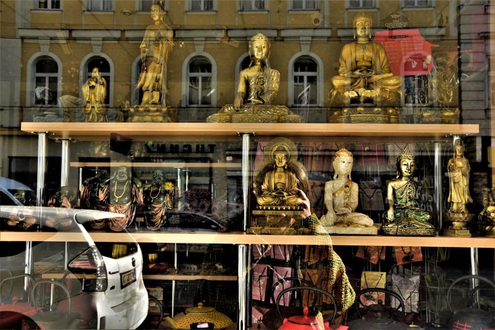 Buddhas © Silvia Springer