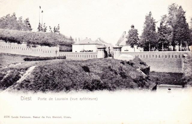 Leuvense Poort in 1904