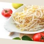 【ダイエット中の空腹を満たす!】夜食におすすめ「もやしレシピ」4選