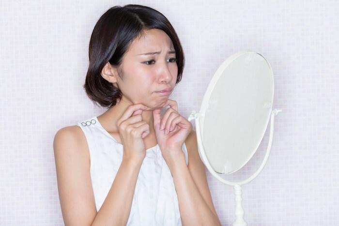 二重あごの原因と解消法