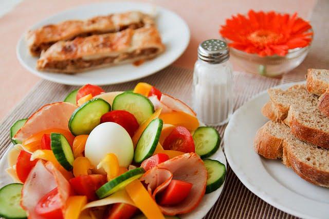57e2d54a4251ab14f6da8c7dda793278143fdef85254774f7d2f7bd39f45 640 1 - Nutrition Tips You Can Actually Follow