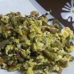 huevos revueltos con jamón y chamiñones