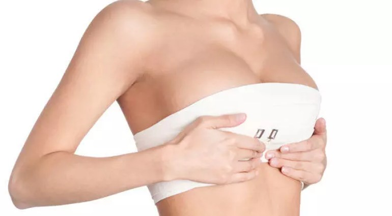 come far crescere il seno