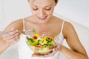 Los malos hábitos de la mujer española al comer