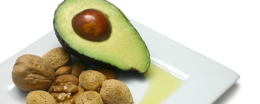 3 alimente bogate in grasimi care te pot ajuta la pierderea in greutate