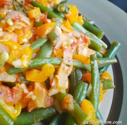 Vegan, plantbased, eggfree, dairyfree, nutfree, glutenfree, cayenne green beans, side dish, vegetarian, clean eating, whole foods, plant-based recipe