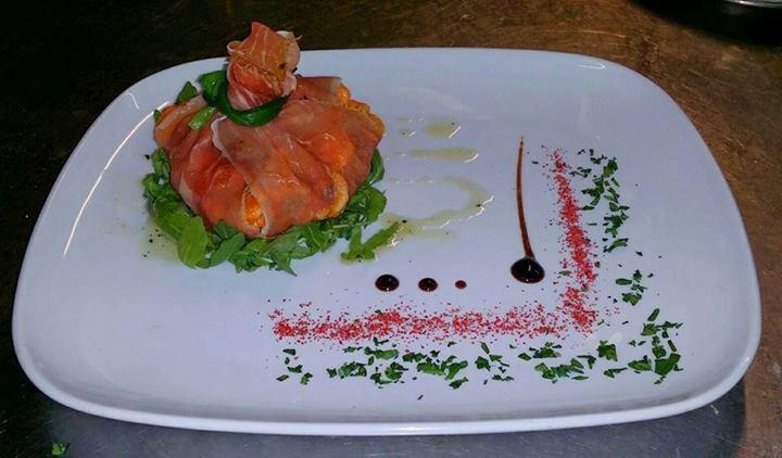 Al fine di poter elaborare piatti gourmet espressi alla portata di tutti, curando soprattutto la presentazione e decorazione del piatto. Orrori Nel Piatto Iniziate A Semplificare Le Presentazioni Per Favore Dietroalcibo