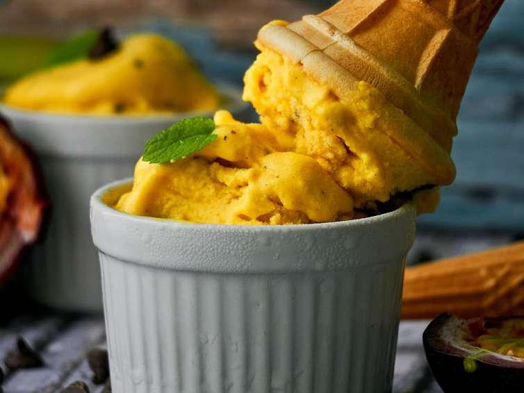 Lody mango z towarzyską śmietanką 🍦  🍦