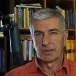 Jo Conrad über die Verfolgung von Dave Möbius, Waldbrände in Kalifornien, verdeckte Migrationspläne, Horror in Schlachthöfen etc. (Video)