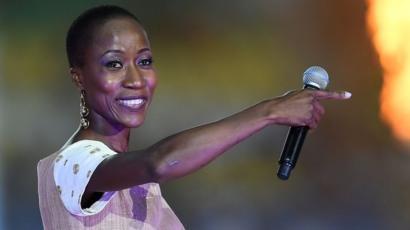 Belgique – Mali : La chanteuse Rokia Traoré libérée sous contrôle judiciaire en attendant sa remise à Bruxelles