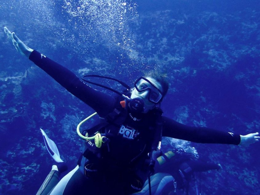 Can I dive when I have my periods or menses ?