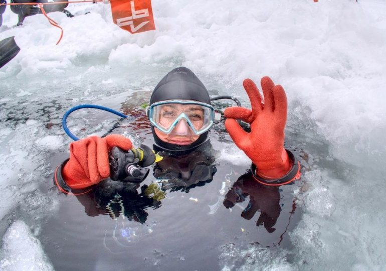 Lake Lioson : the Swiss version of ice diving in a lake
