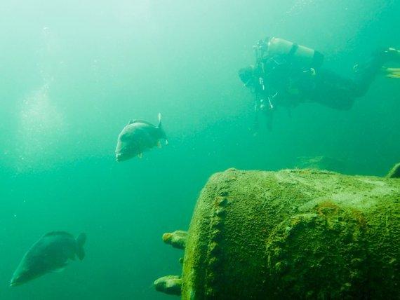 Un plongeur est à la carrière de la Croisette.