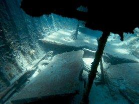 Les jeux de lumière dans les cales du SS Kathryn