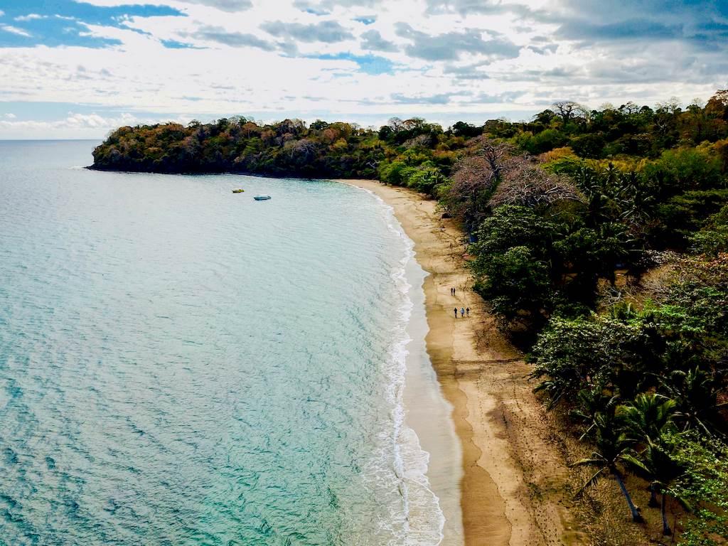 La plage de N'Gouja vue du ciel