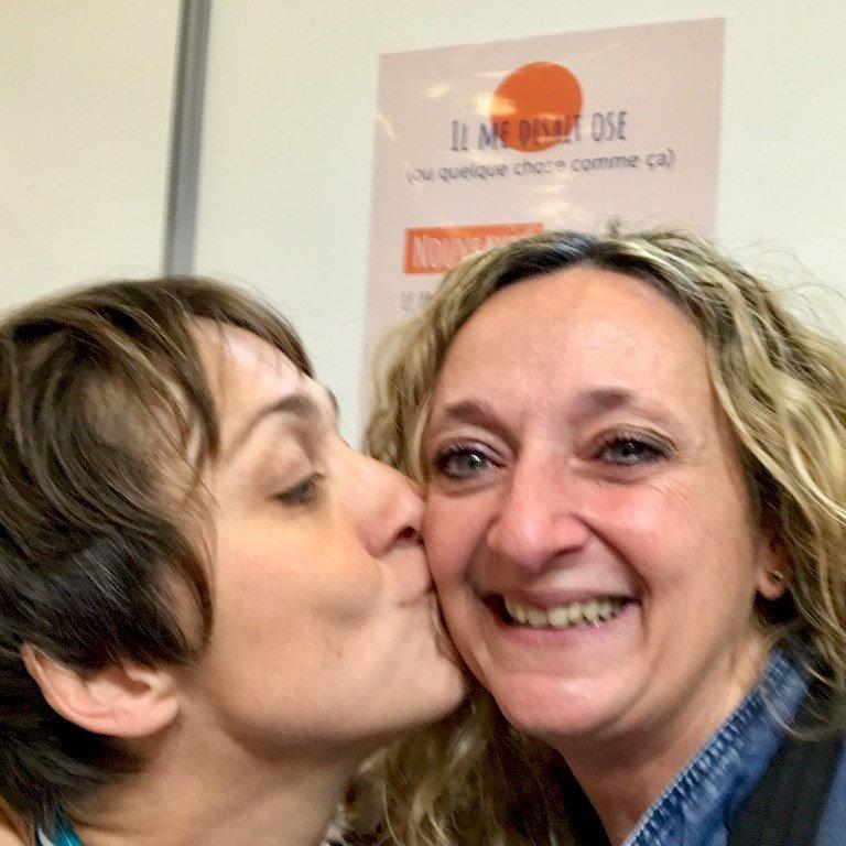 Hélène au Salon de la Plongée 2020 avec une amie chère