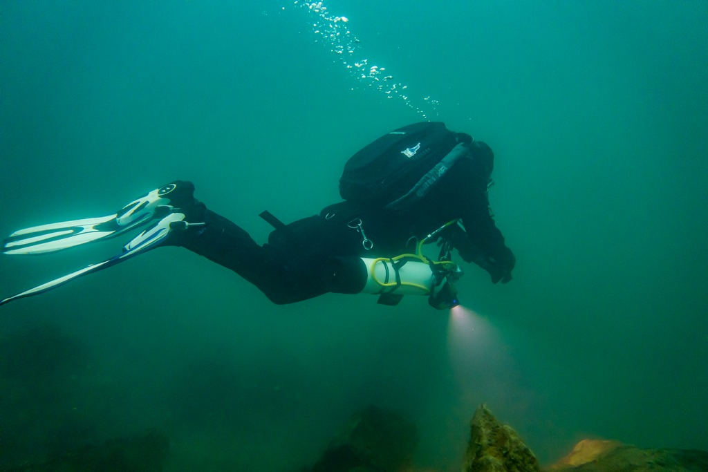 Hélène Adam en plongée à Floreffe