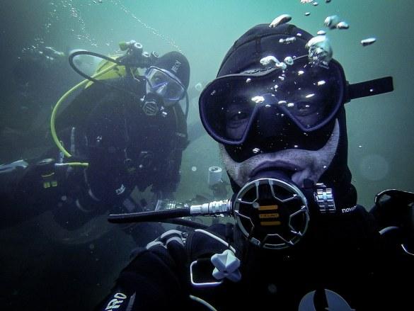 Changer de vie demande du courage comme pour Geoffrey qui quitte son job pour bosser dans la plongée.