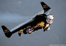 Jetman flies over Grand Canyon …