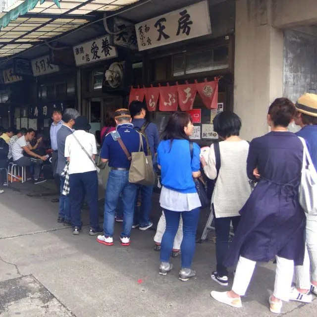 Sushi Dai and Sushi Dawa are two of the busiest sushi restaurants in Tokyo. Be ready to queue