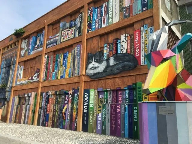 Street art mural of a bookshelf in Kaohsiung