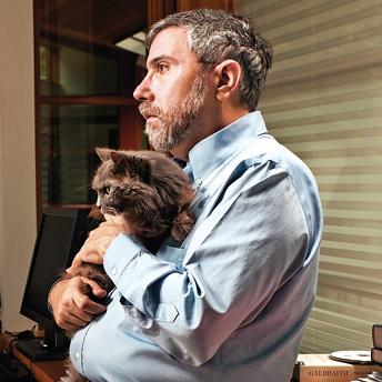 Paul-Krugman-with-Cat