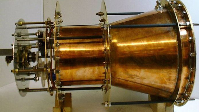 2014-08-26 nasa-space-drive-emdrive.si
