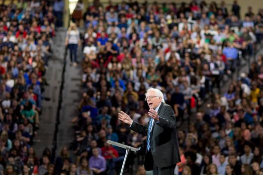 825 - Bernie Sanders at Liberty