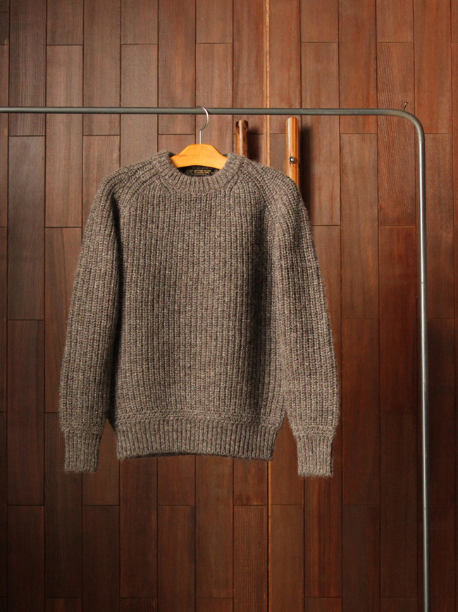 phigvelfishermansweaterwood01